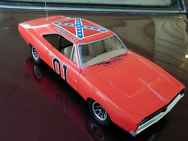 Dodge Charger Build >> AMT 1/25 General Lee (Dodge Charger), by Wyll Jones