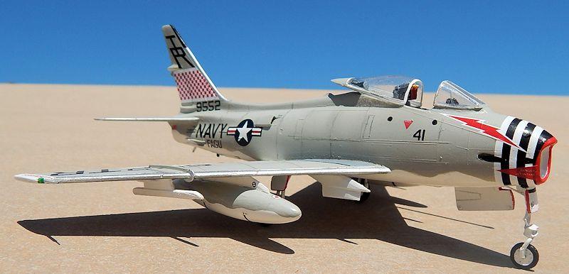 North American FJ-4B Fury, Revell 04306 (1996)