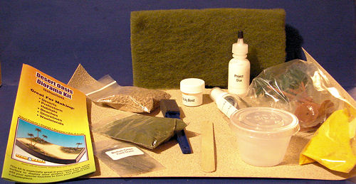 SceneArama Desert Oasis Diorama Kit, reviewed by Mark Hiott