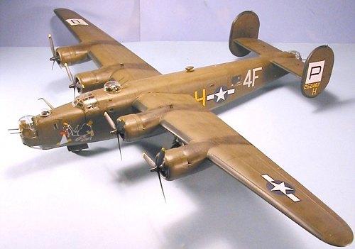 Ford Fort Worth >> Monogram 1/48 B-24J Liberator