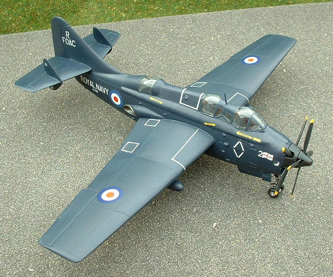 Novo/Frog 1/72 Gannet COD.4, by Pat Cauthery
