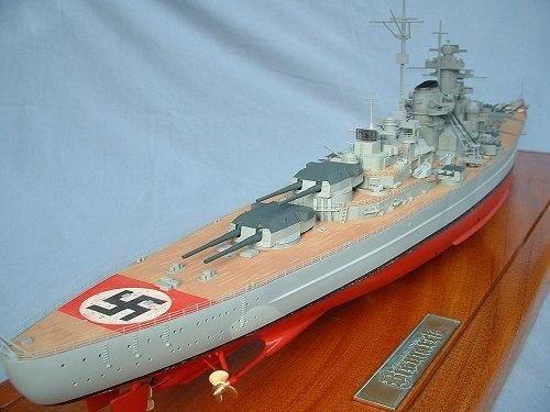 Revell   Bismarck Build