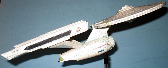 Polar Lights 1/1000 USS Enterprise Refit, by Dan Lee