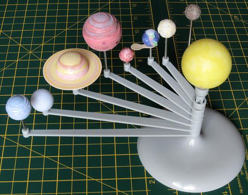 I Painted The Planets Before Assembling Them To Radius Arms Ignoring Colourful Box Art And Based Colours Loosely On Wikipedia Colour Photos Of