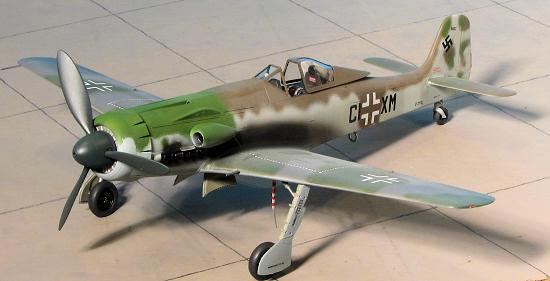 HobbyBoss 81703 1//48 Germany Ta 152 C-1//R14 plastic model Aircraft kit