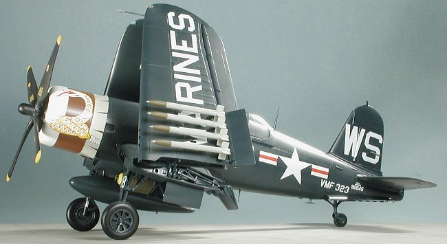 Trumpeter 1//32 02222 Vought F4U-4 Corsair New